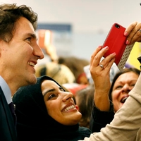 Vége Justin Trudeau népszerűségének?