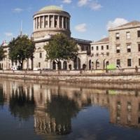 Kitiltják a közösségi médiát Írország tárgyalótermeiből