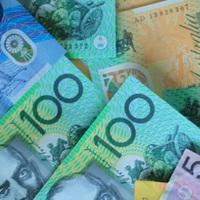 Készpénzhez jutnak a költségvetésből a nehezen boldoguló ausztrálok