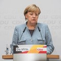 Külföldi kenőpénzek és halott képviselő – Botrányok sora rázza meg a CDU-t