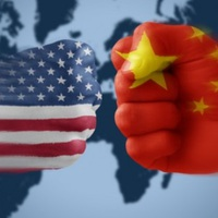 Közép-Európában csap össze Amerika és Kína