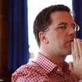 Továbbra is felhatalmazás nélkül kormányozza Hollandiát Mark Rutte