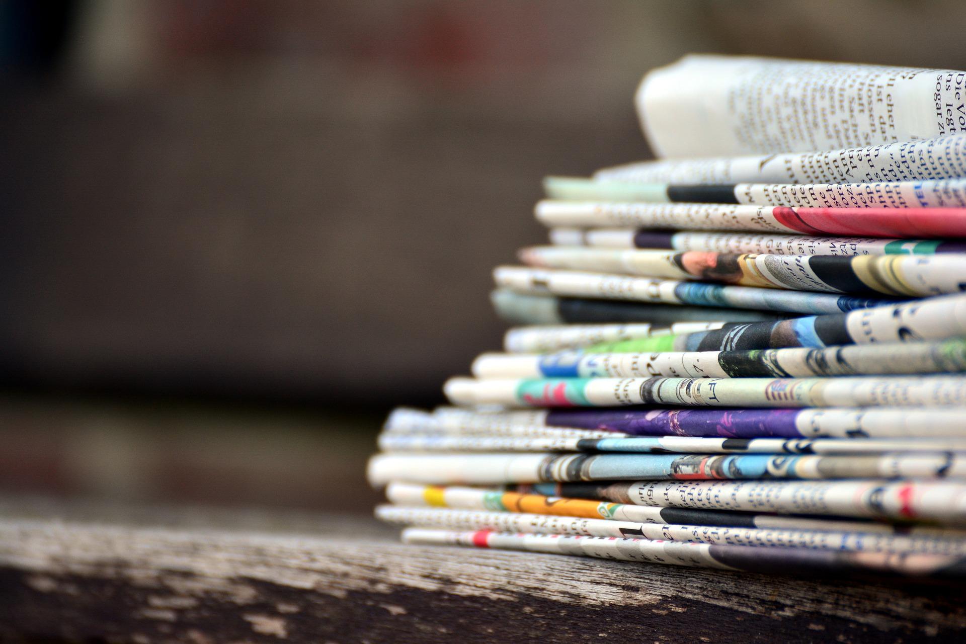 newspapers-3488861_1920.jpg