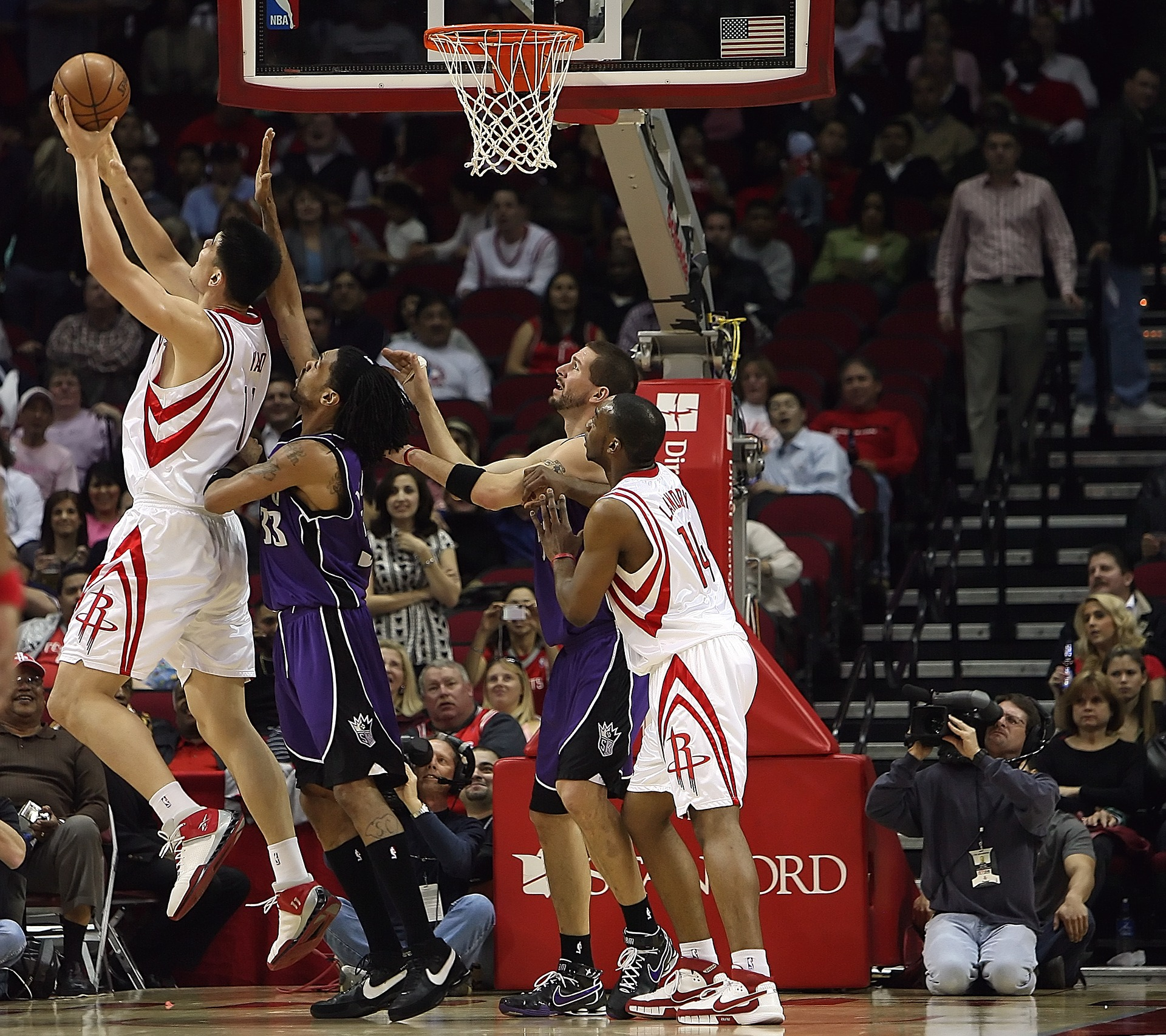 basketball-1544370_1920.jpg