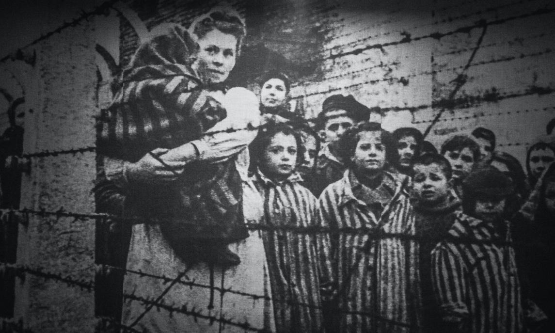 holokauszt_belso.jpg