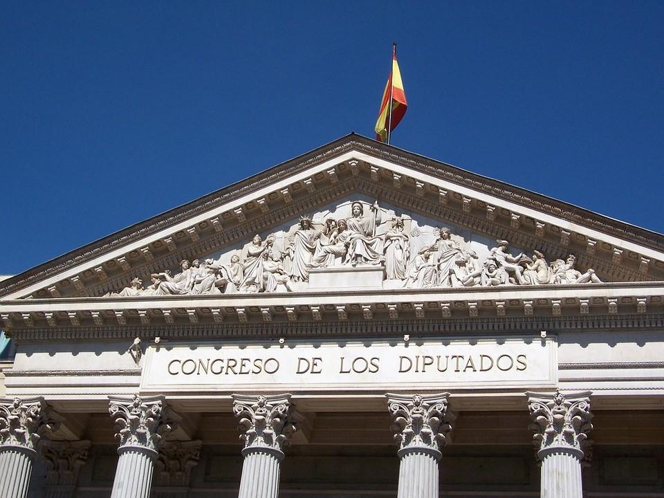 spanyolkonzervativ_nyito.jpg