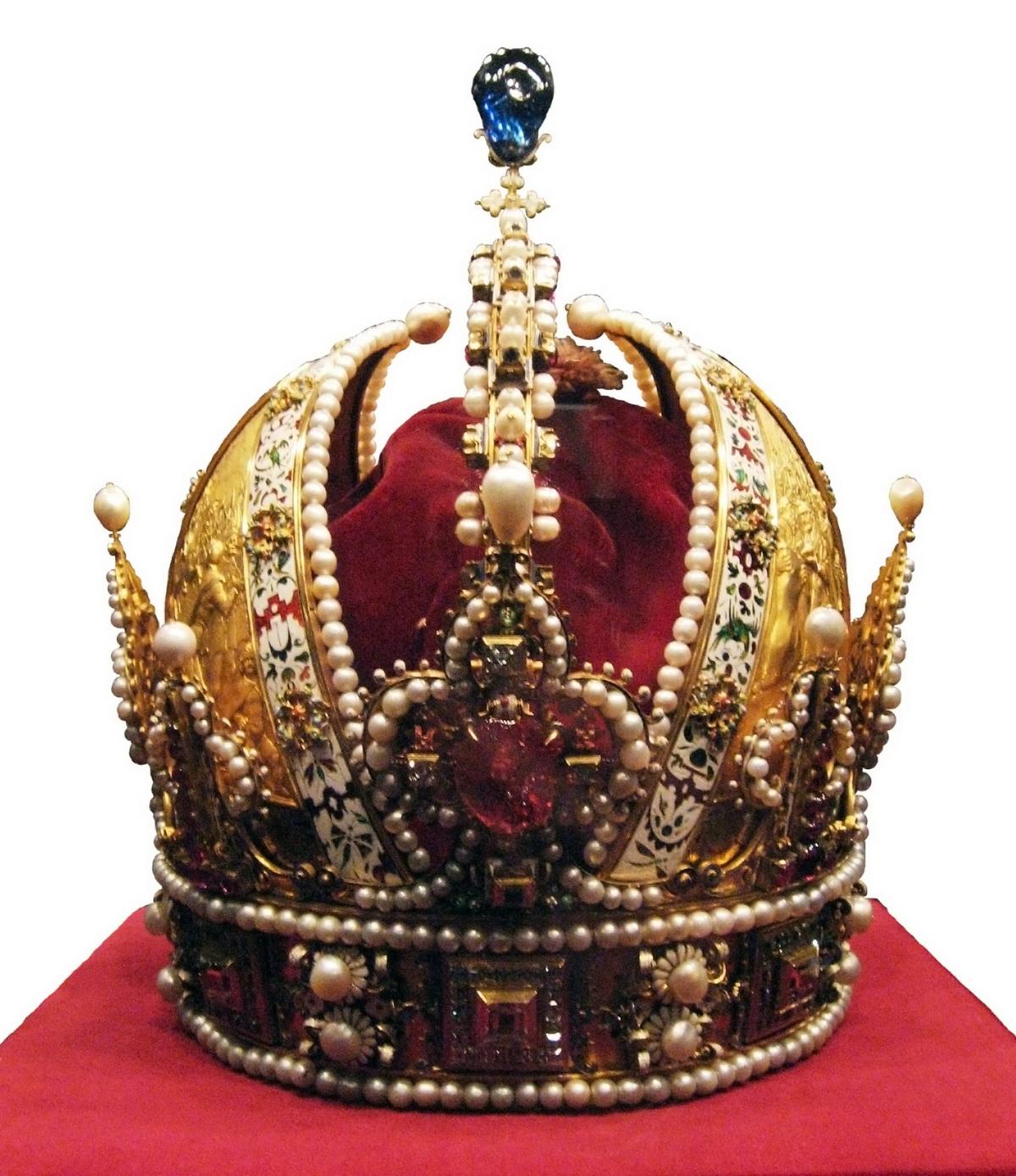 Az osztrák császári korona egy másik nézetből