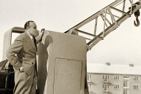 54_liebherr-hans-liebherr-crane-kirchdorf-1953.jpg