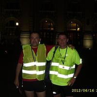 Molnár Zoltán és Lévai István a DKM éjszakai futóversenyén vettek részt