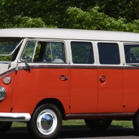 Volkswagen busz 42 millióért?