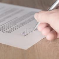 Használt autós tanácsok 4. - Kizárólag magyar szerződést írjunk alá!