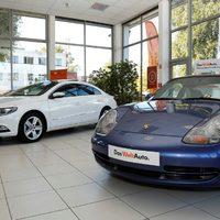 Luxuskocsik a Porsche Budánál