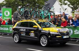 Tour de France: szervizautó a Skoda Karoq