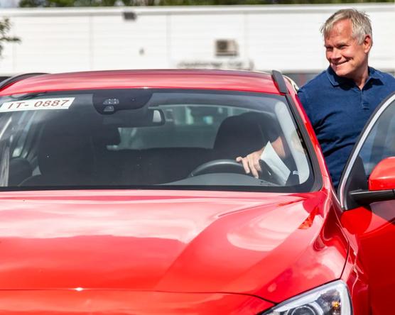Hatalmasat nőtt a finn használtkocsi import: Túl magas a modern modellek adója