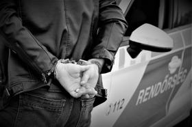 22 milliós csalás: használt autókat ígért a nepper, de csak az előleget vette fel