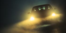 Így használd a kocsi lámpáit a ködben