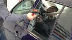 A Golf simán vette a Cybertruck-tesztet – videó