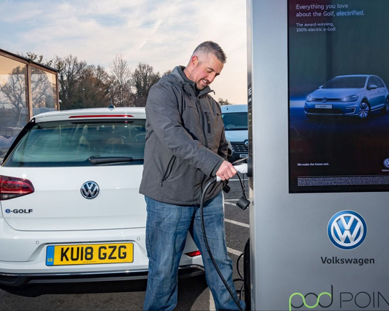 Nagyobb összeggel, új elektromos járművásárlási pályázat indul
