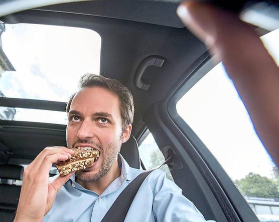 Eszik és vezet?