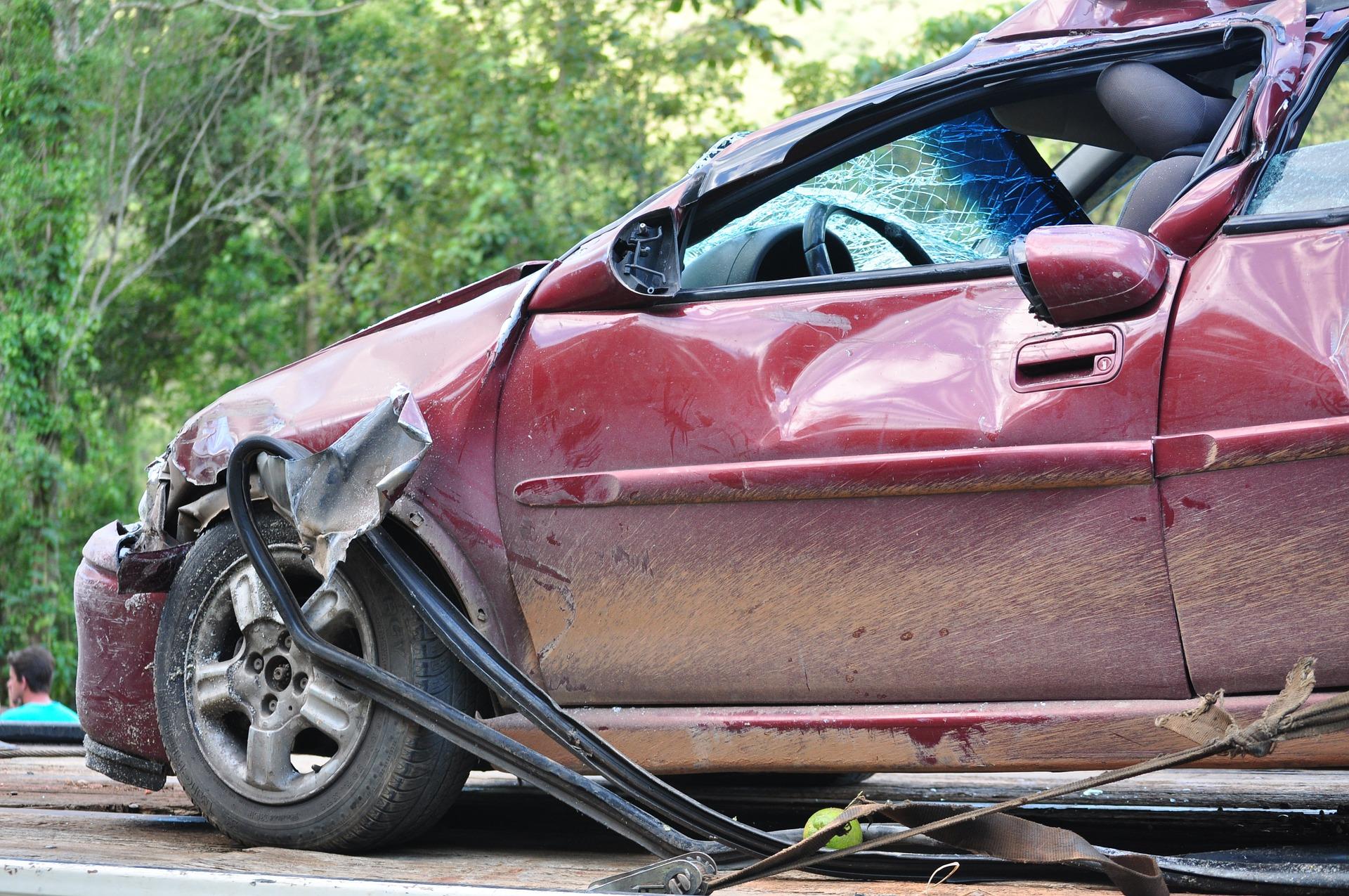 auto-baleset-biztositas.jpg