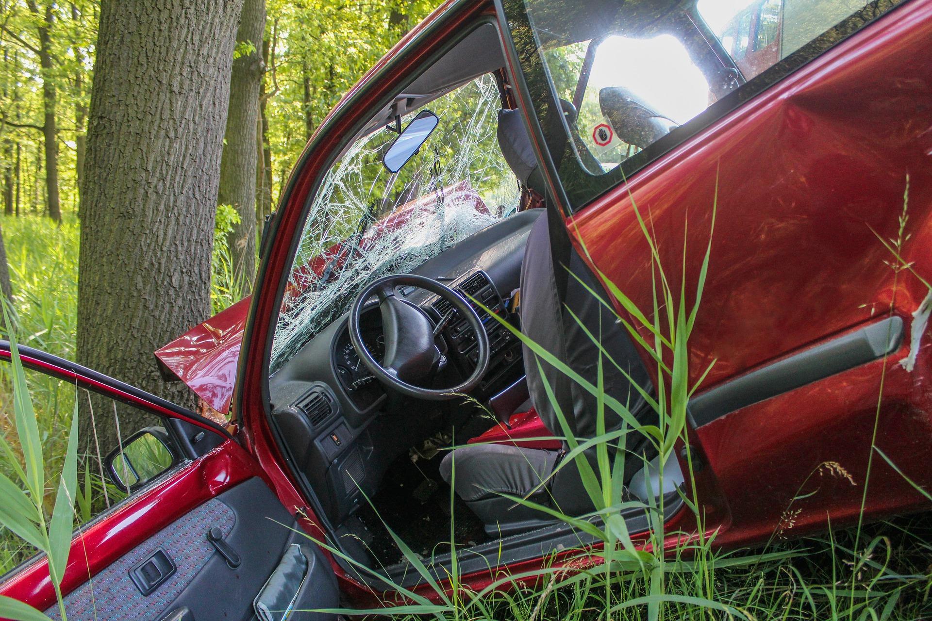 autobaleset-gyorshajtas.jpg