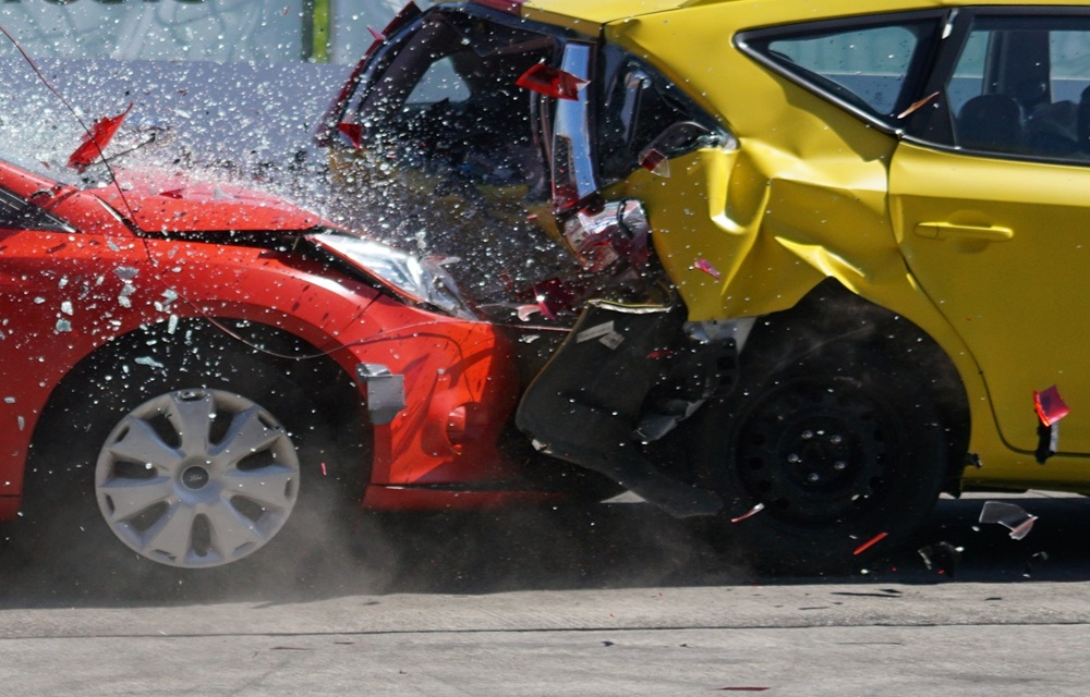 baleset-totalkaros-auto.jpg