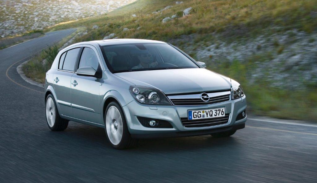 Opel-Astra-5dr-217063-medium