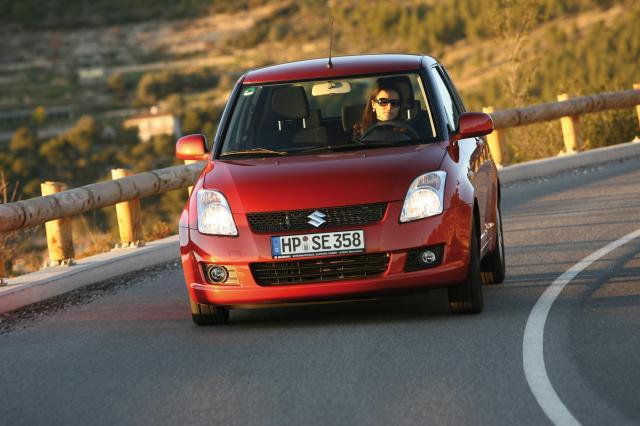 Suzuki Swift (02) (S)