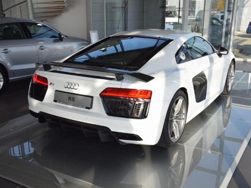 Audi-R8-Coupé-5_2.OK