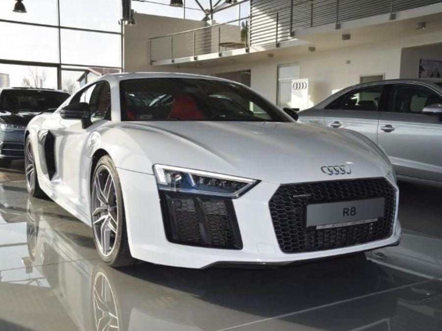 Audi-R8-Coupé-5_OK