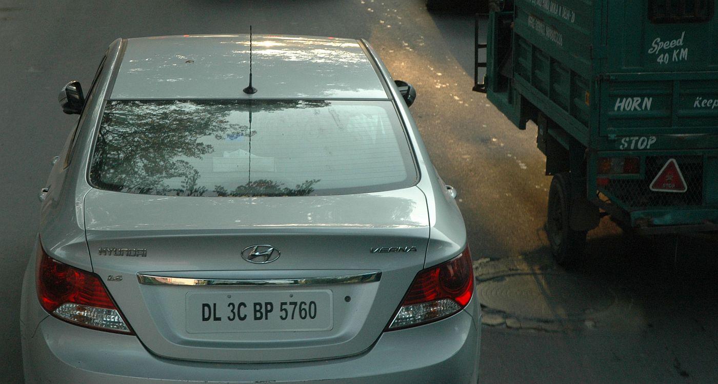 india4_m.jpg
