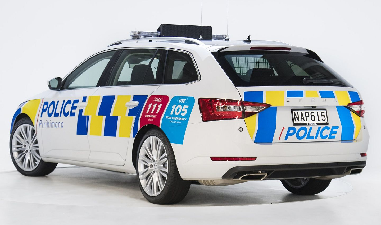 new-zealand-police_superb-2_m.jpg