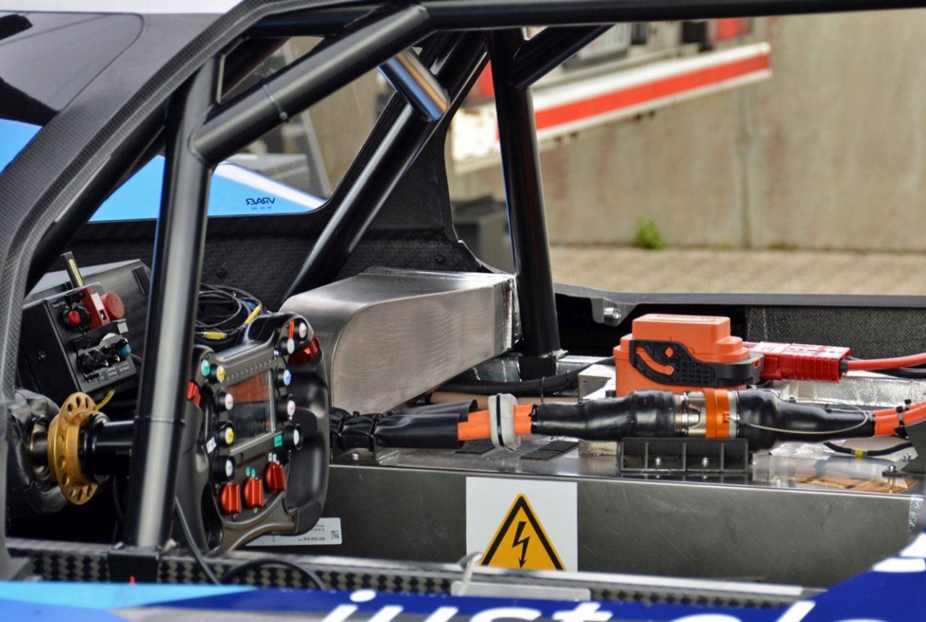 volkswagen-id-r-2.jpg