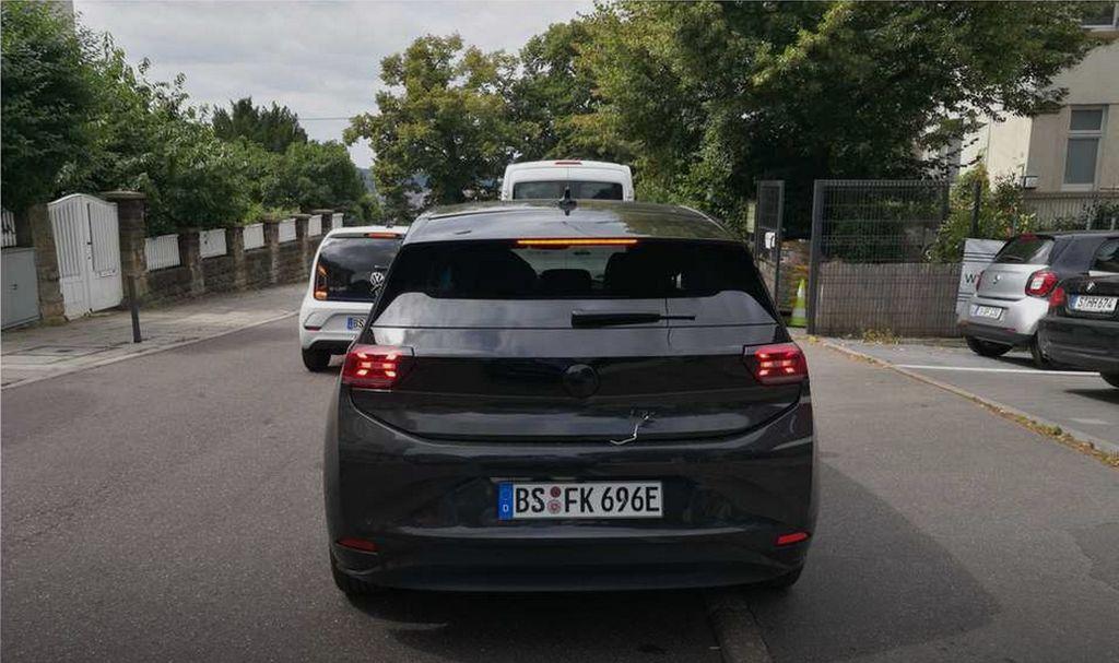 volkswagen_id_3.jpg