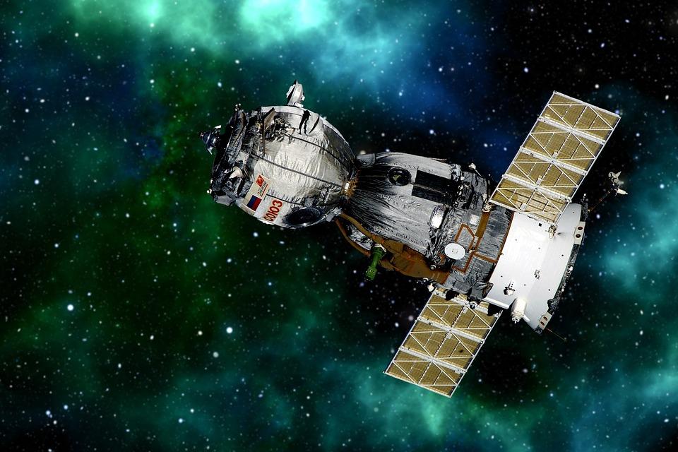 satellite-2771080_960_720.jpg