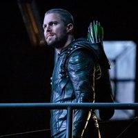 BRÉKING: A 8. évaddal véget ér az Arrow!
