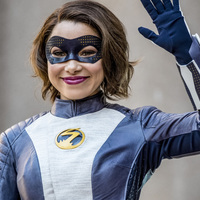 Barry összefog Norával a The Flash 5. évadának új képein