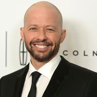 BRÉKING: Jon Cryer tölti be Lex Luthor szerepét a Supergirl negyedik évadában