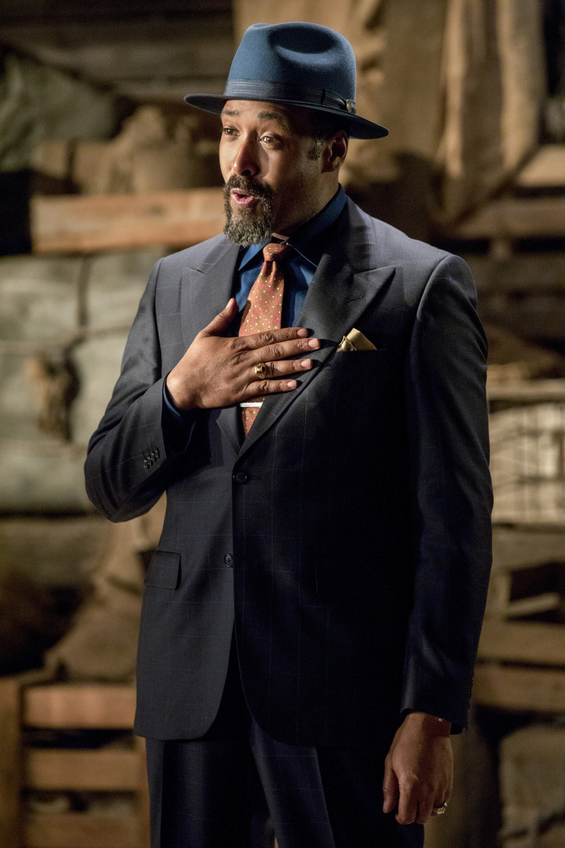 The Flash -- 'Duet' -- FLA317c_0450b.jpg -- Pictured: Jesse L. Martin as Detective Joe West -- Photo: Jack Rowand/The CW -- © 2017 The CW Network, LLC. All rights reserved.