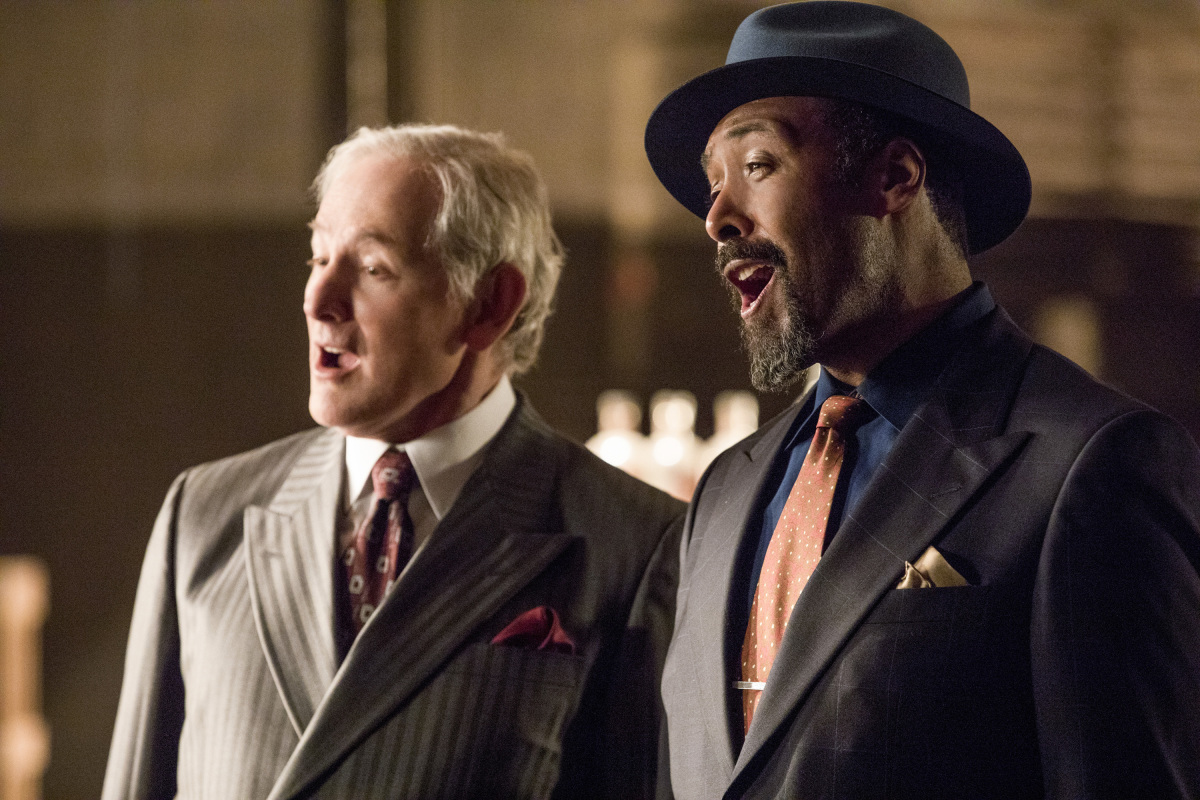 The Flash -- 'Duet' -- FLA317c_0464b.jpg -- Pictured (L-R): Victor Garber as Professor Martin Stein and Jesse L. Martin as Detective Joe West -- Photo: Jack Rowand/The CW -- © 2017 The CW Network, LLC. All rights reserved.