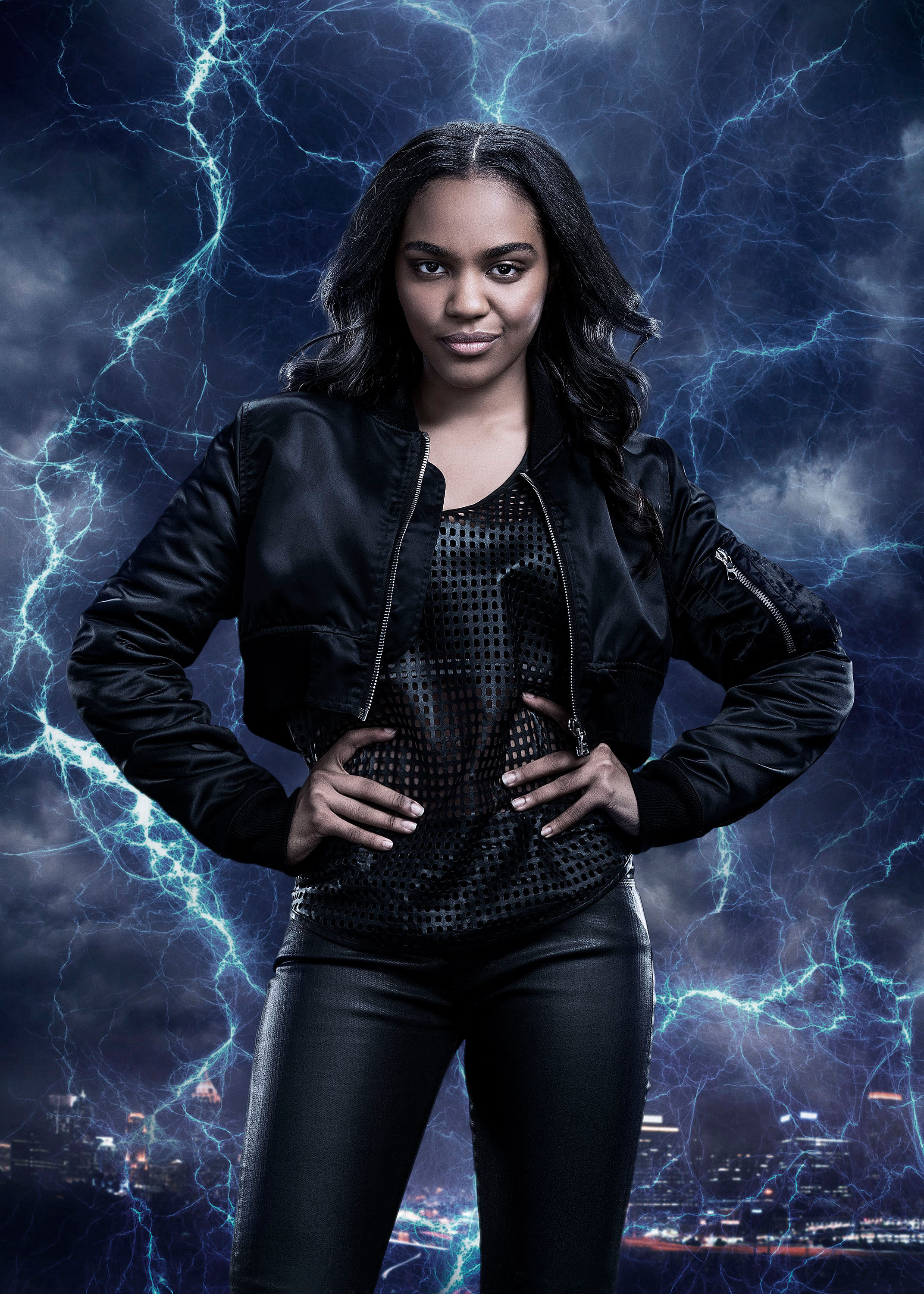 China Anne McClain, mint Jennifer Pierce