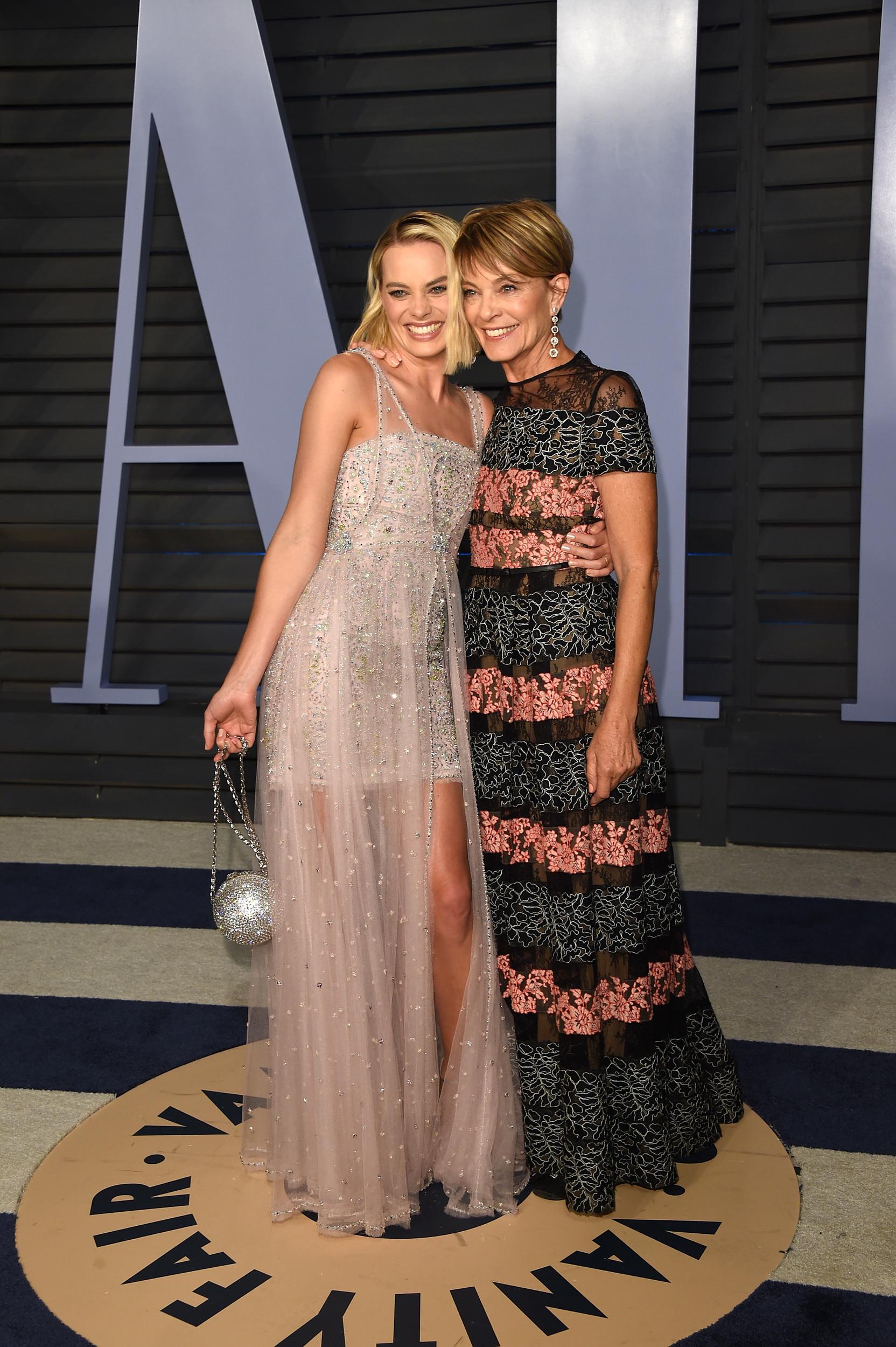 Margot Robbie és édesanyja