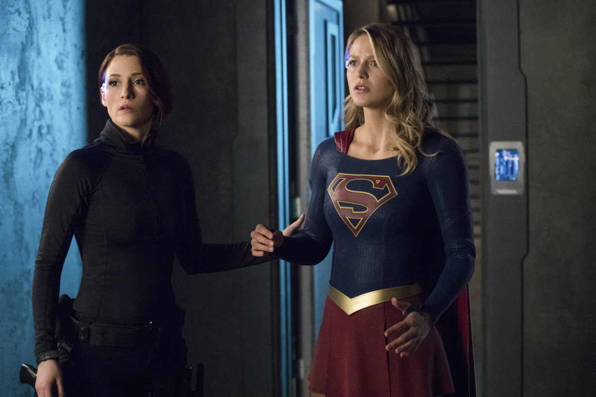 Supergirl -- 'In Search of Lost Time' -- Image Number: SPG315b_0203.jpg -- Pictured (L-R): Chyler Leigh as Alex and Melissa Benoist as Kara/Supergirl -- Photo: Jack Rowand/The CW -- © 2018 The CW Network, LLC. All Rights Reserved.