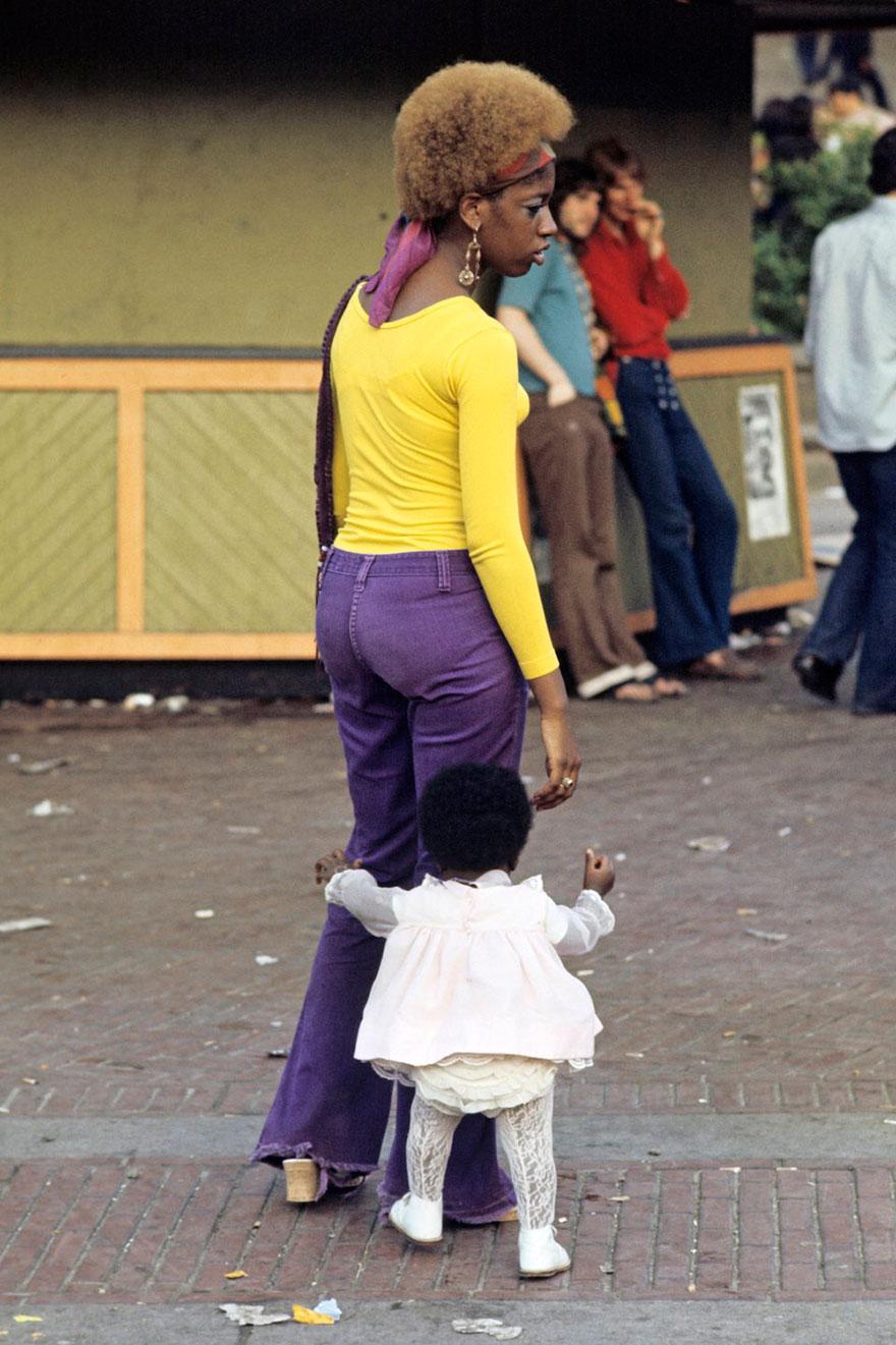 harlem-1970s-street-photography-jack-garofalo-10.jpg