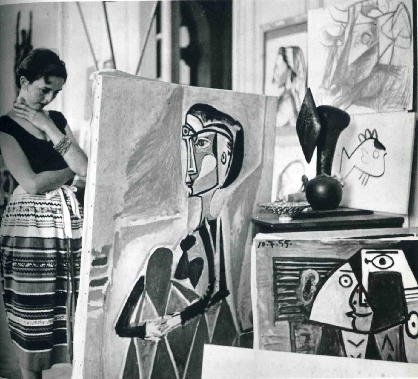 jacques_henri_lartigue_florette_at_picasso_s_studio_1955.jpg
