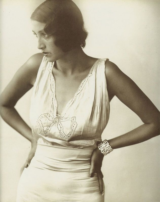 renee-perle-in-white-dress-with-bow-september-1930.jpg