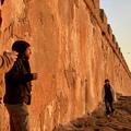 Hullámvasút Marokkóban: Naplementés fényből a kocsmai sötétségbe 23.