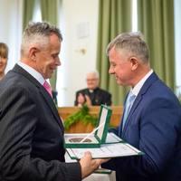 100 bor 10 aranya  a NAK megyei borversenyén