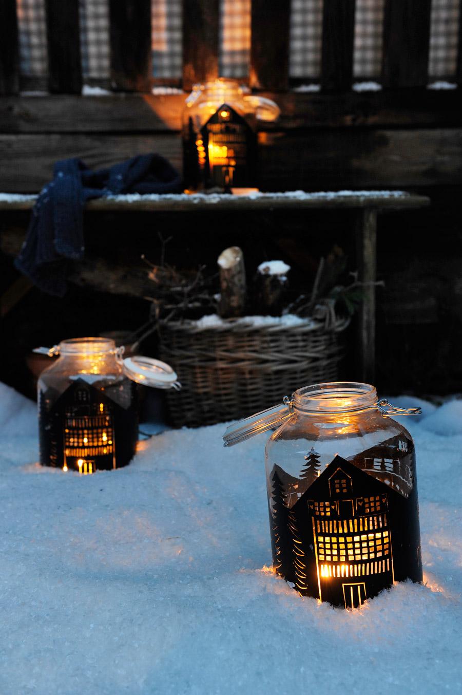 diy-silhouette-lantern-mason-jar-snow.jpg