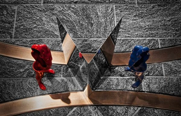 anamorphic-sculptures-jonty-hurwitz-12.jpg